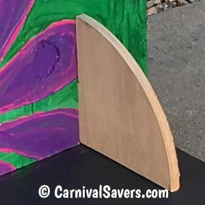 board-is-supported-with-slotted-semicircle-stands.jpg